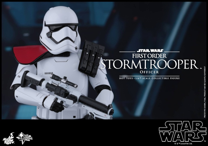 HOT TOYS - Star Wars: TFA - First Order Stormtrooper Officer 12307510