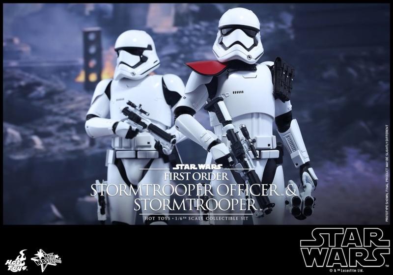 HOT TOYS - SW: TFA - First Order Stormtrooper Officer Set 12309410