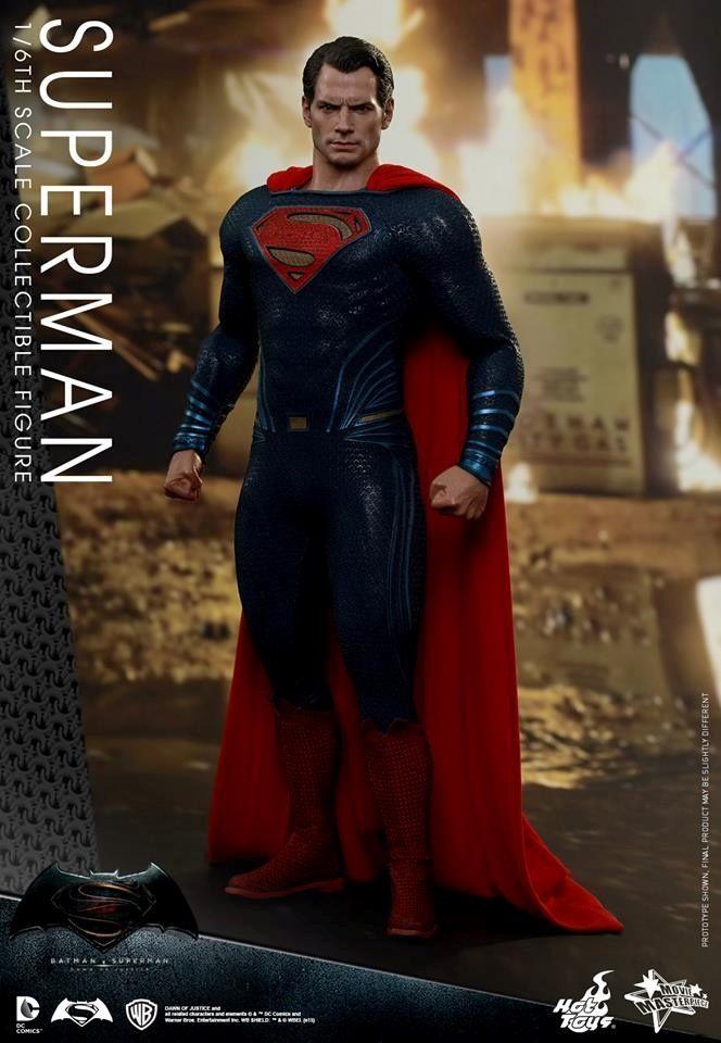 HOT TOYS - BvS : Dawn Of Justice - Superman Bb10
