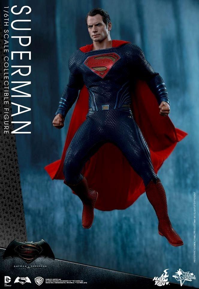 HOT TOYS - BvS : Dawn Of Justice - Superman Sans-t10