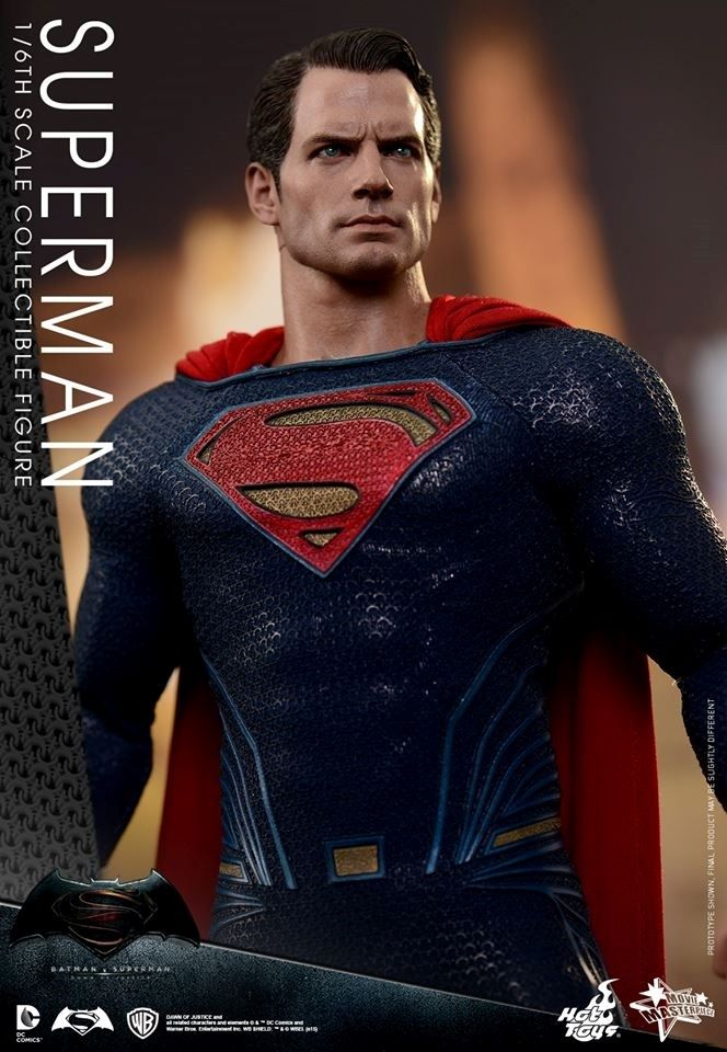 HOT TOYS - BvS : Dawn Of Justice - Superman W10
