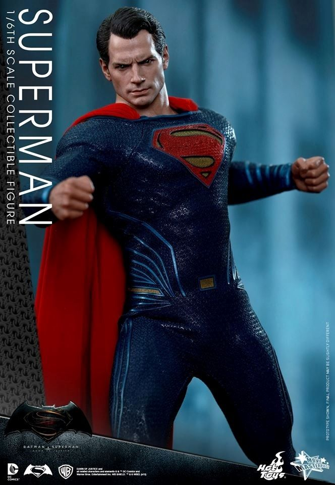 HOT TOYS - BvS : Dawn Of Justice - Superman X10
