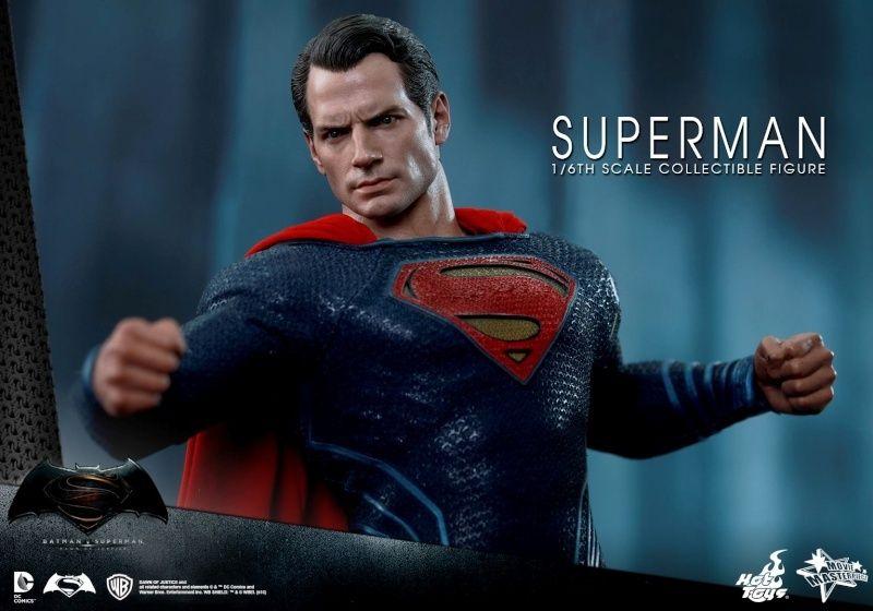 HOT TOYS - BvS : Dawn Of Justice - Superman Xx10