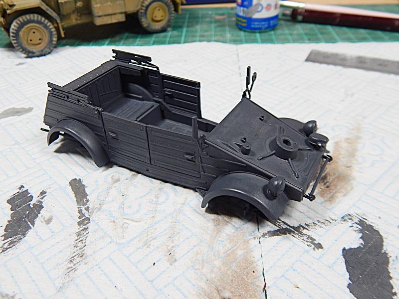 Kubelwagen Type 82 01010