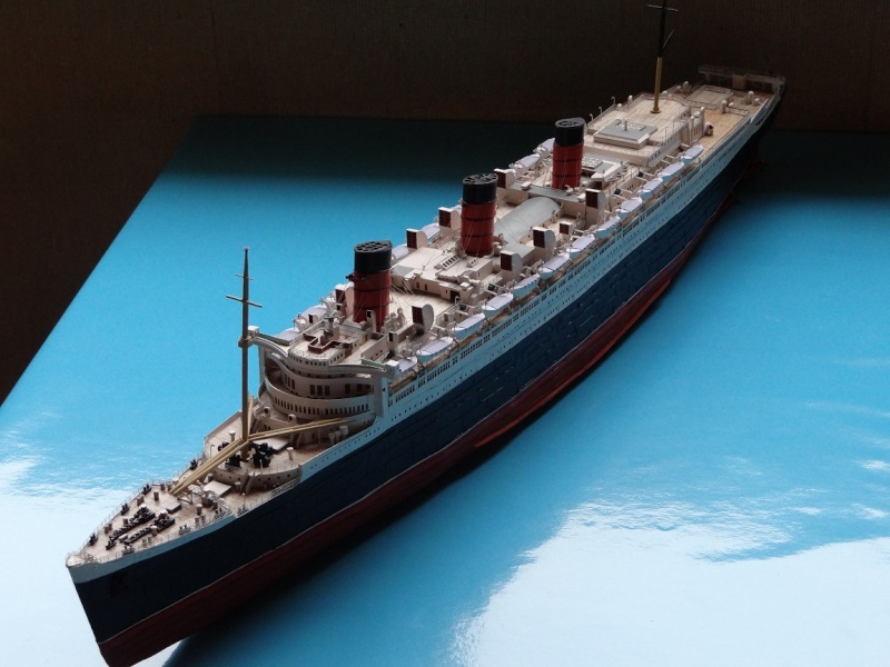 QUEEN MARY 1936 et QUEEN ELISABETH 1938 echelle 1/387° d'après plans US M14811