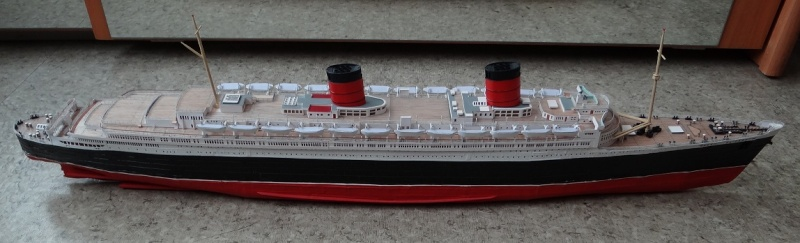 QUEEN MARY 1936 et QUEEN ELISABETH 1938 echelle 1/387° d'après plans US Qe811