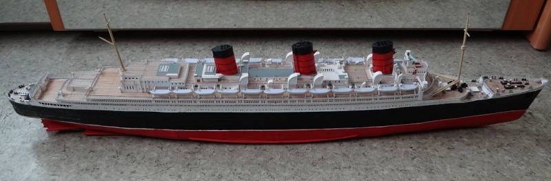 QUEEN MARY 1936 et QUEEN ELISABETH 1938 echelle 1/387° d'après plans US Qm1710