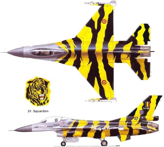 F-16 EGG-PLANE DES F.A.B by INESS & PAPA F16a_211
