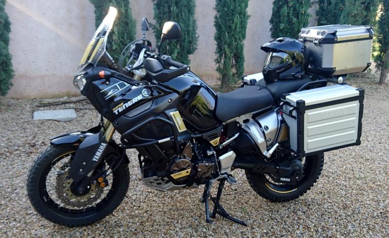compatibilité valise latérale Yamaha et top case Givi Dsc_0110