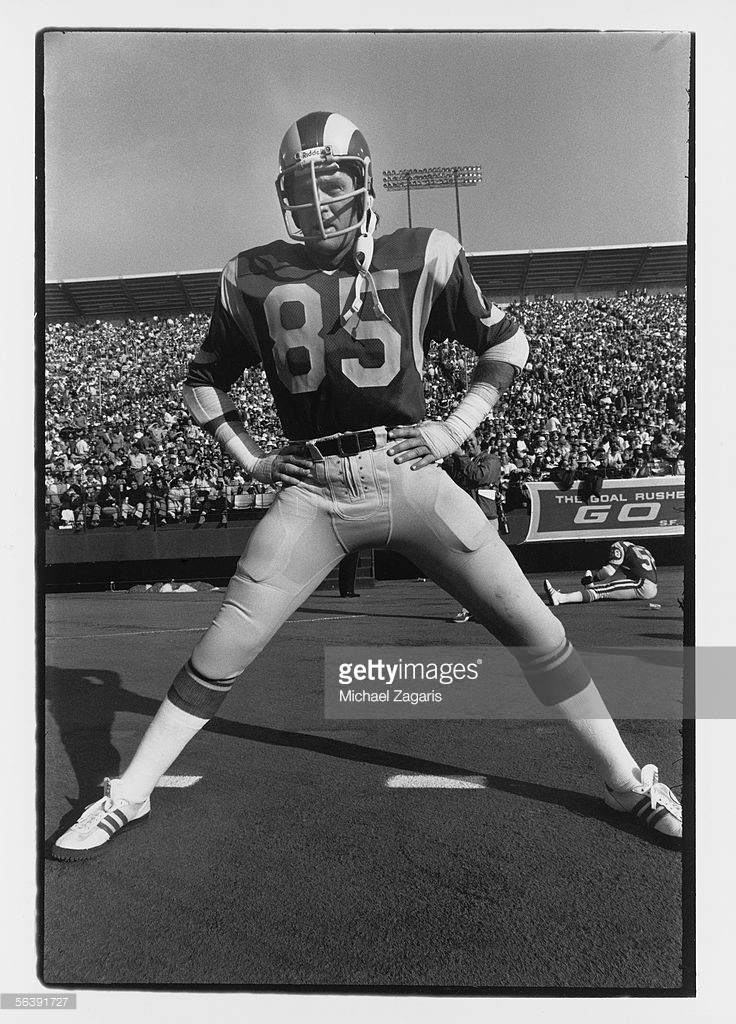 76 Rams shoes 1976_110