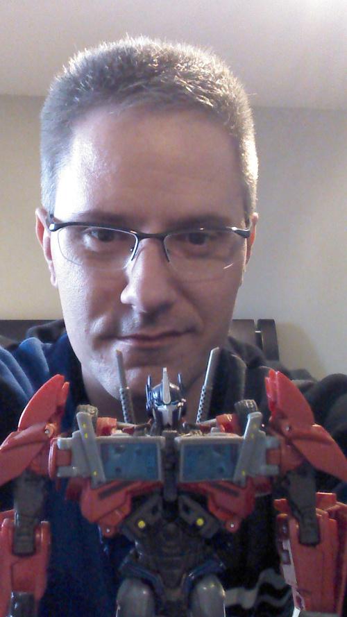 Entrevue N°3 pour TransformersFR : Rodimus Img_2011
