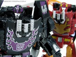 Entrevue N°2 pour TransformersFR : CERBERUS R_rodi10