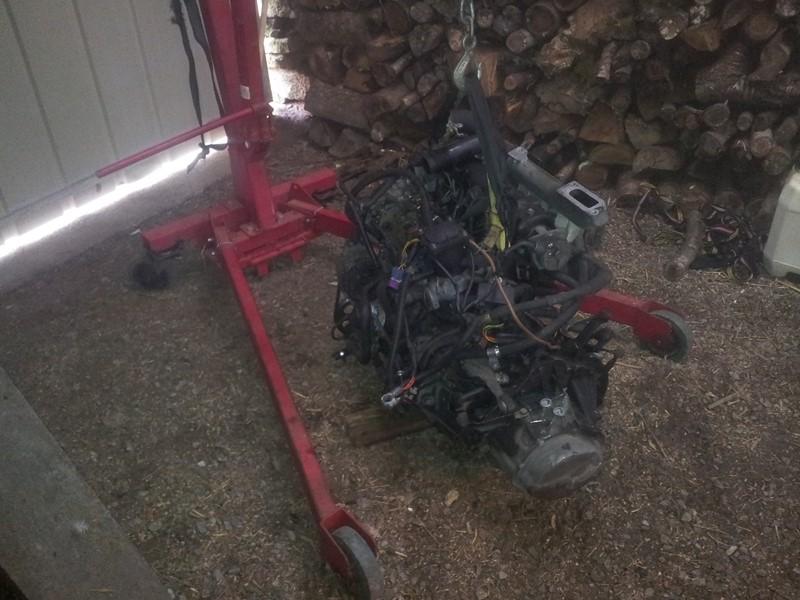 demontage moteur boite pour bonne révision 2015-117