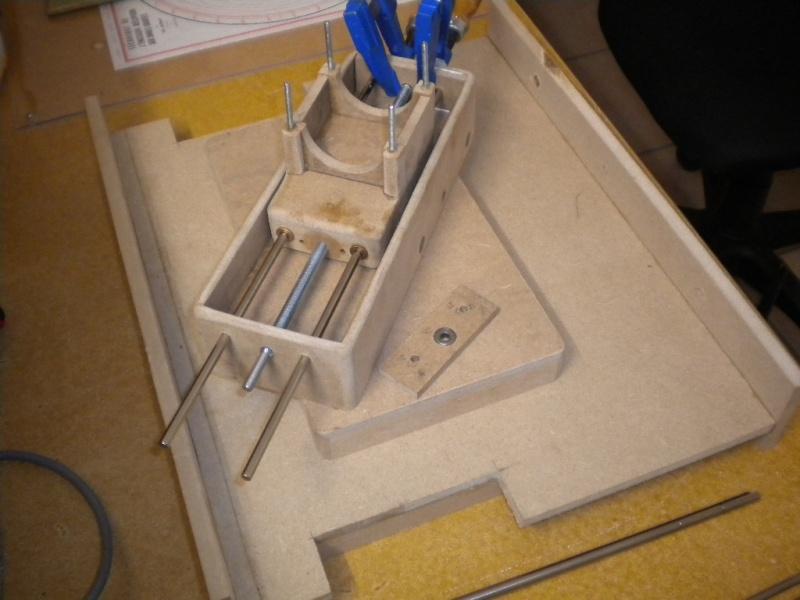 CNC V1 en médium pour gravure de PCB Dscn1613