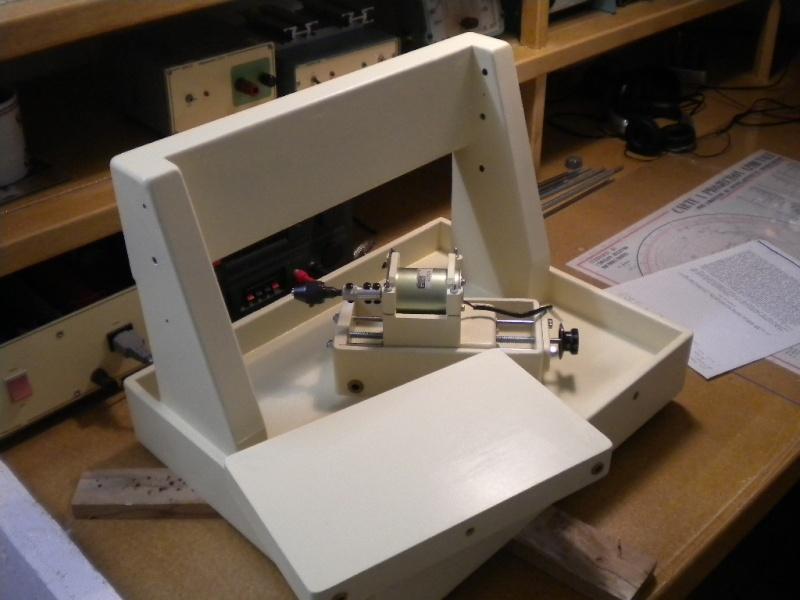 CNC V1 en médium pour gravure de PCB Dscn1615