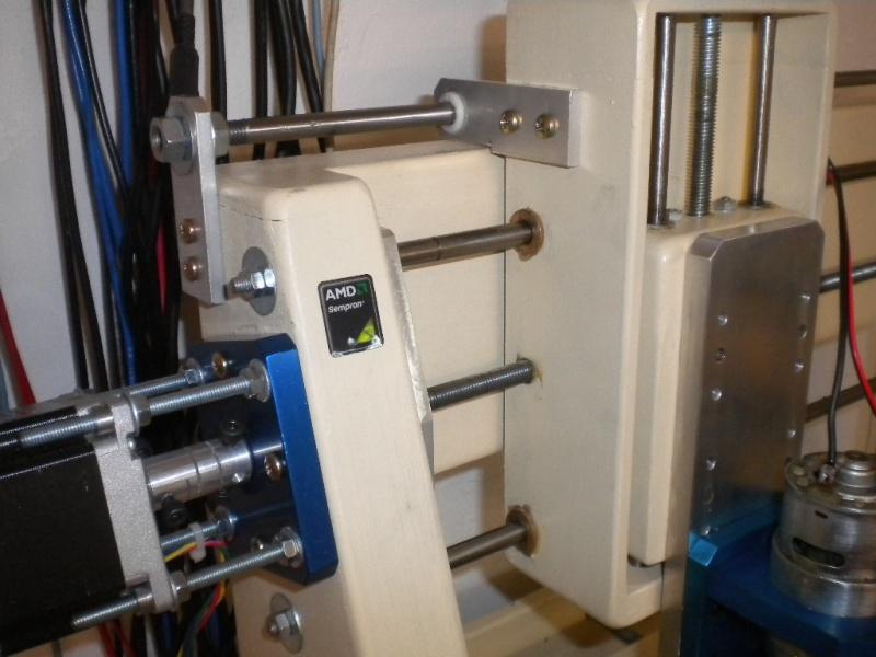 CNC V1 en médium pour gravure de PCB Dscn1812