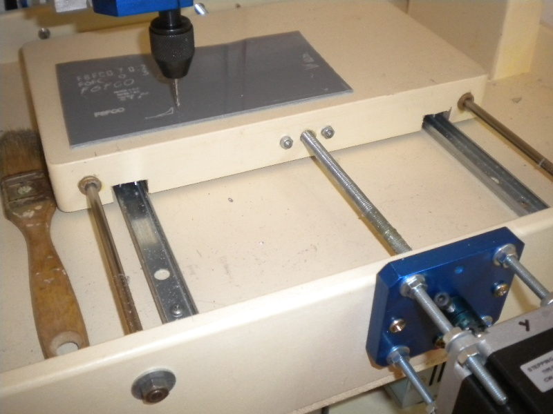 CNC V1 en médium pour gravure de PCB Dscn1814