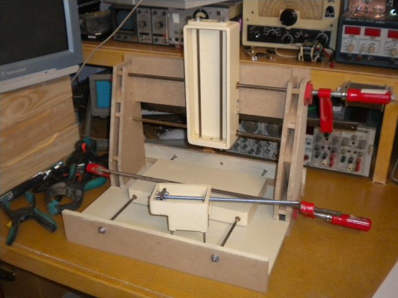 CNC V1 en médium pour gravure de PCB Essai10