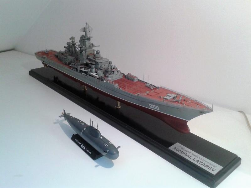 Croiseur Admiral Lazarev 1/350ème Trumpeter + SSN class Alfa 1/350ème Dragon 20160110
