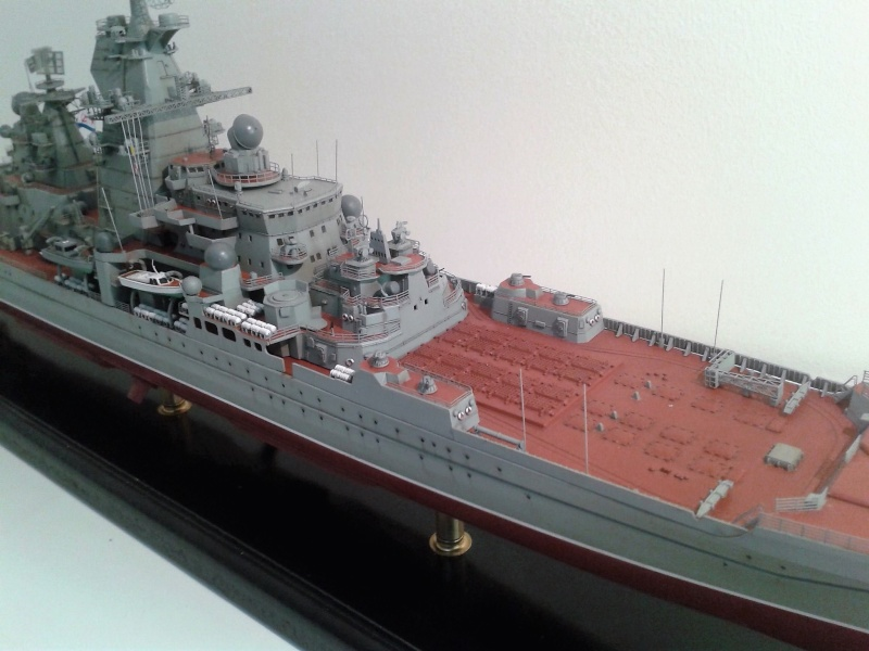 Croiseur Admiral Lazarev 1/350ème Trumpeter + SSN class Alfa 1/350ème Dragon 20160112