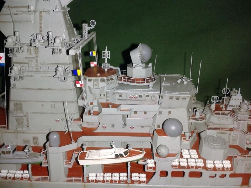 Croiseur Admiral Lazarev 1/350ème Trumpeter + SSN class Alfa 1/350ème Dragon 20160120