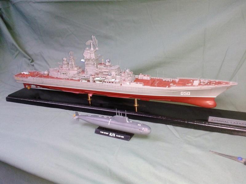 Croiseur Admiral Lazarev 1/350ème Trumpeter + SSN class Alfa 1/350ème Dragon 20160127