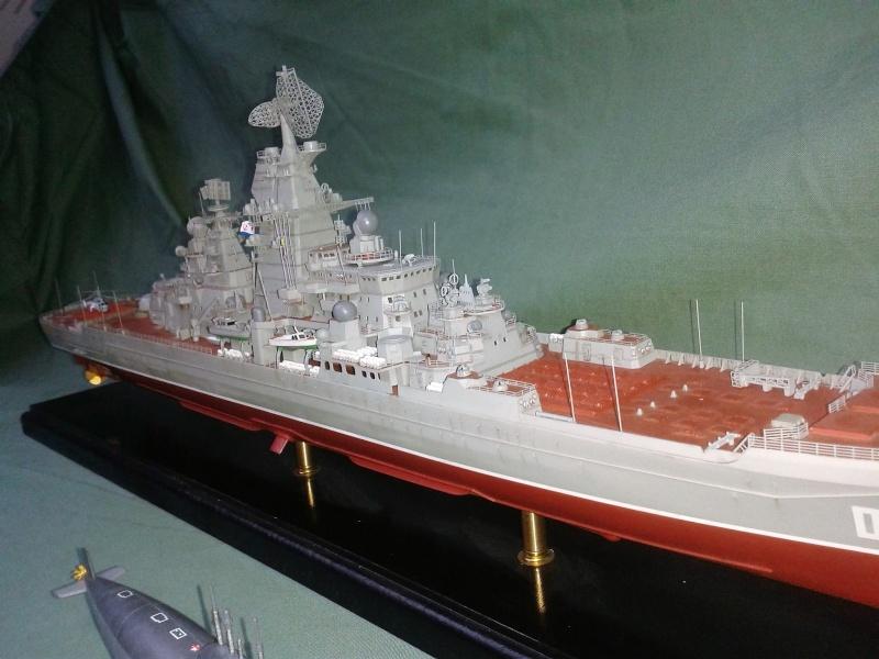Croiseur Admiral Lazarev 1/350ème Trumpeter + SSN class Alfa 1/350ème Dragon 20160130