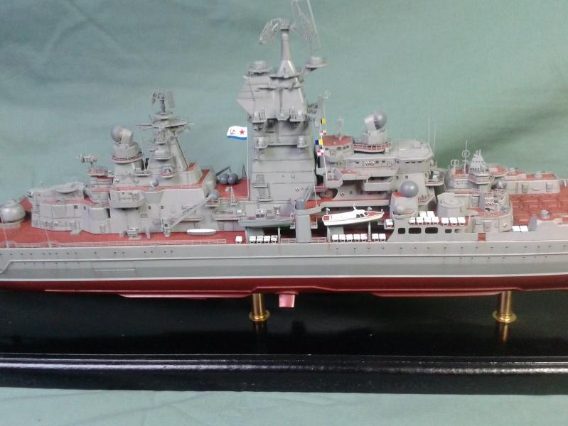 Croiseur Admiral Lazarev 1/350ème Trumpeter + SSN class Alfa 1/350ème Dragon 20160133