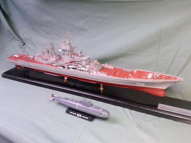 Croiseur Admiral Lazarev 1/350ème Trumpeter + SSN class Alfa 1/350ème Dragon 20160138