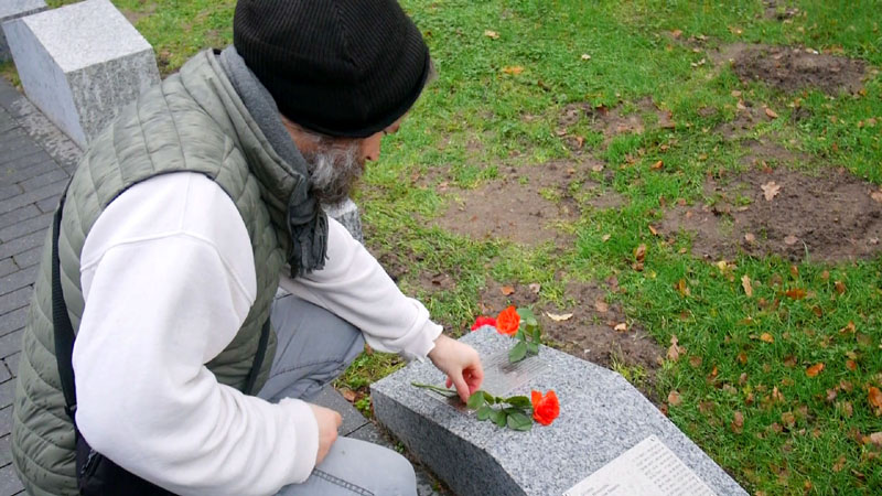 Verstorbene Obdachlose – Ein Denkmal (Max Bryan) 26a-ob10