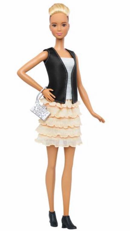 NEWS!! Nouvelle Barbie fashionista New_fa10