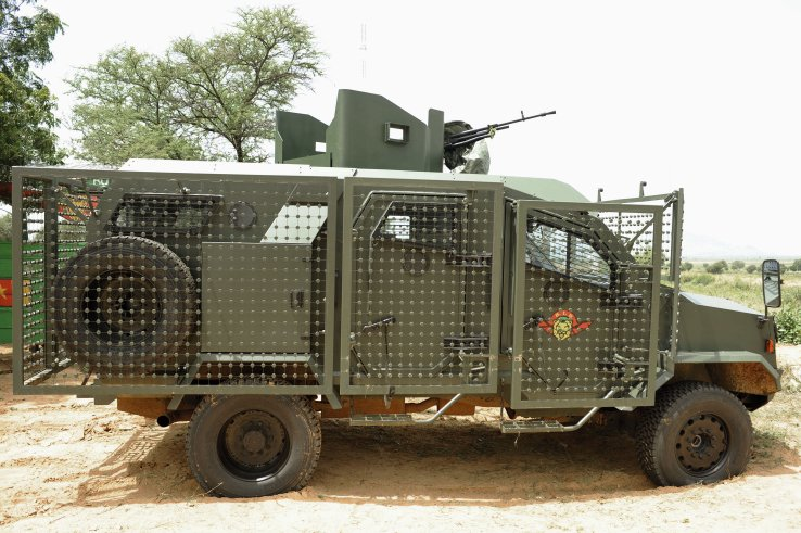 Forces Armées Camerounaises - Page 3 Bir110