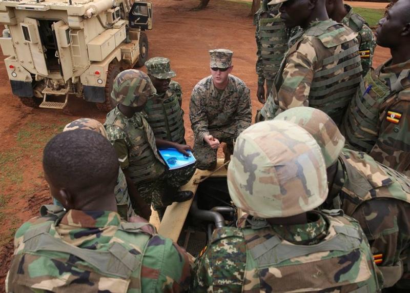 Armée Ougandaise/Uganda Peoples Defence Force (UPDF) - Page 4 1135