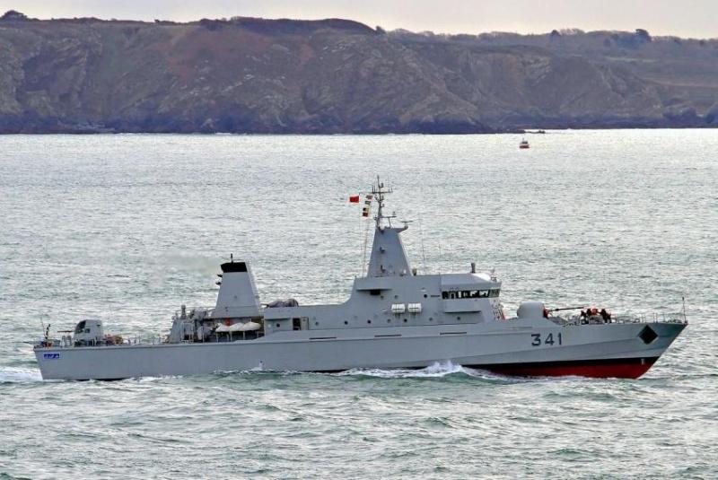 Royal Moroccan Navy OPV-70 / Classe Bir Anzarane - Page 4 12323