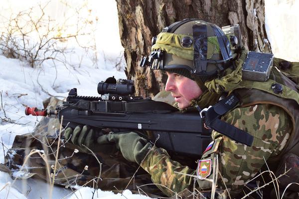 Slovenian Armed Forces / Slovenska vojska - Page 2 12438