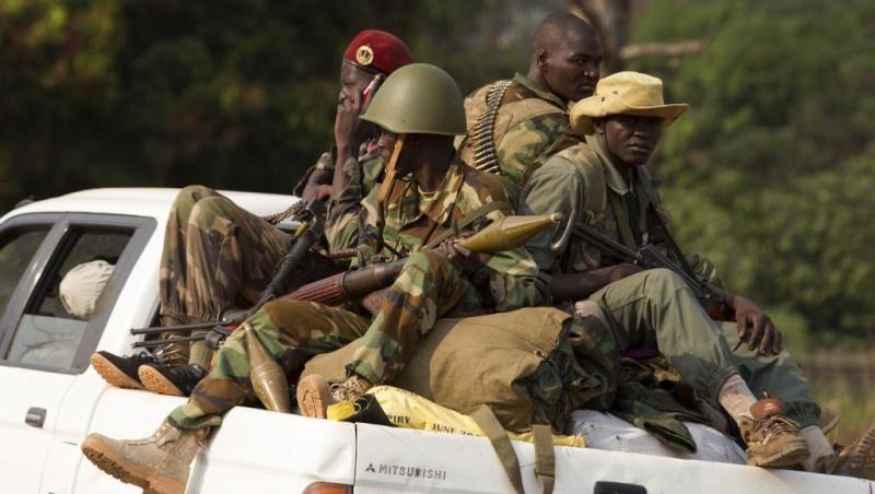 Intervention militaire en Centrafrique - Opération Sangaris - Page 21 1266