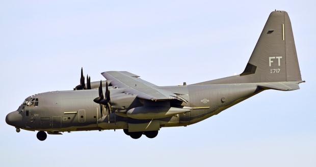 Avions de transport tactique/lourd - Page 5 14104