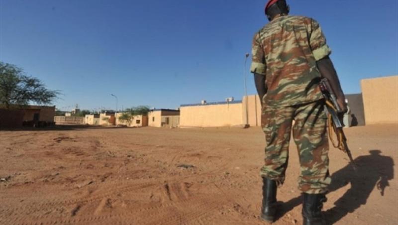 Forces Armées Nigeriennes / Niger Armed Forces ( FAN ) - Page 2 14123