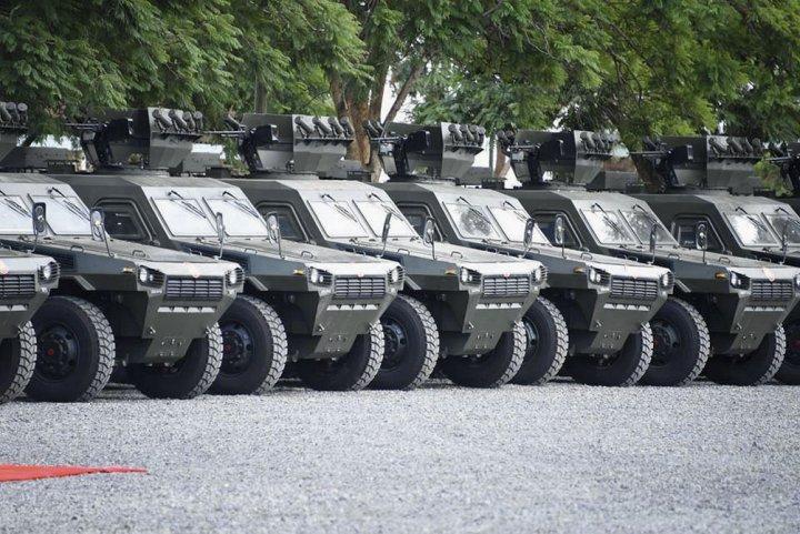 Armée kenyane/Kenyan Armed Forces - Page 4 14254