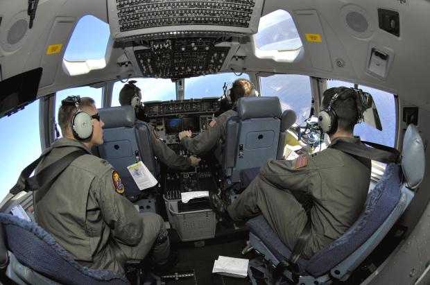 Avions de transport tactique/lourd - Page 5 1460