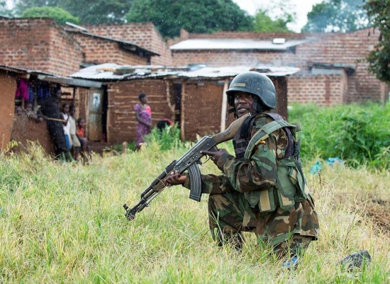 Armée Ougandaise/Uganda Peoples Defence Force (UPDF) - Page 4 1674