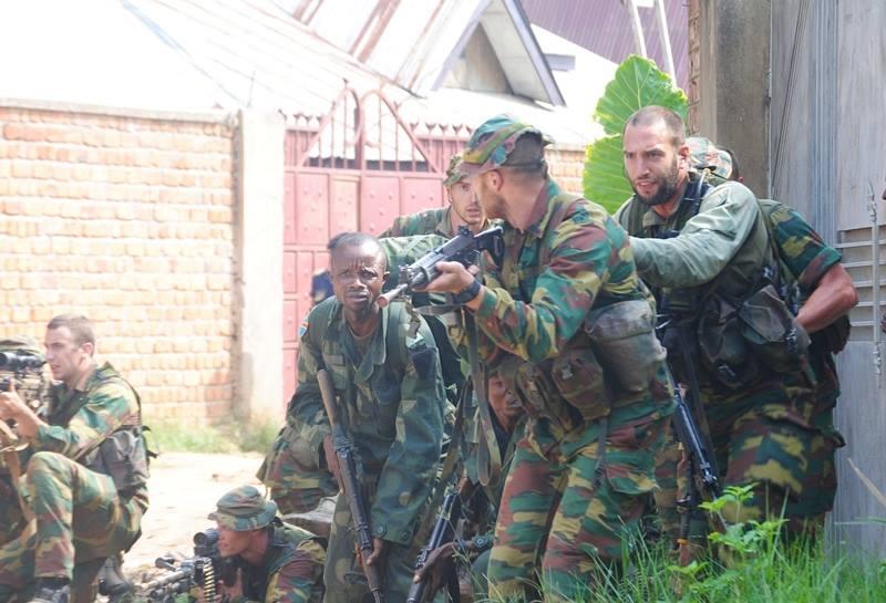 Armée Belge / Defensie van België / Belgian Army  - Page 40 2323