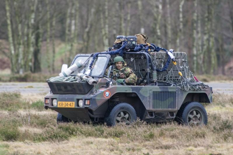 Armée Hollandaise/Armed forces of the Netherlands/Nederlandse krijgsmacht - Page 18 2340