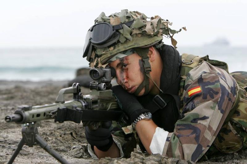 Armée Espagnole/Fuerzas Armadas Españolas - Page 37 2424