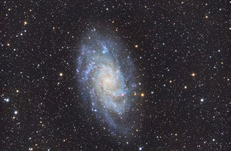 Premiere image couleur  M33 M331010