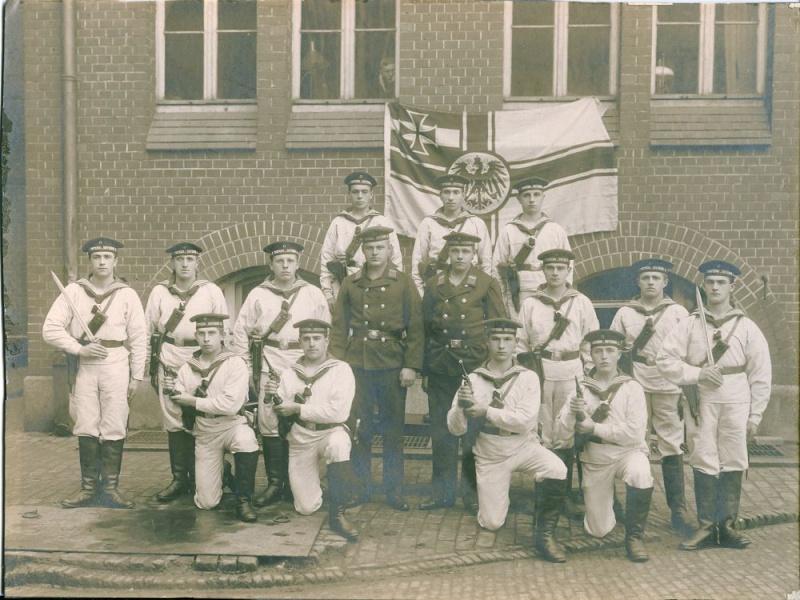 Photos de marins de l'époque impériale allemande. Marine11