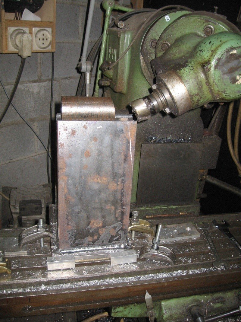 fabrication  tour  a bois  - Page 2 Tour710