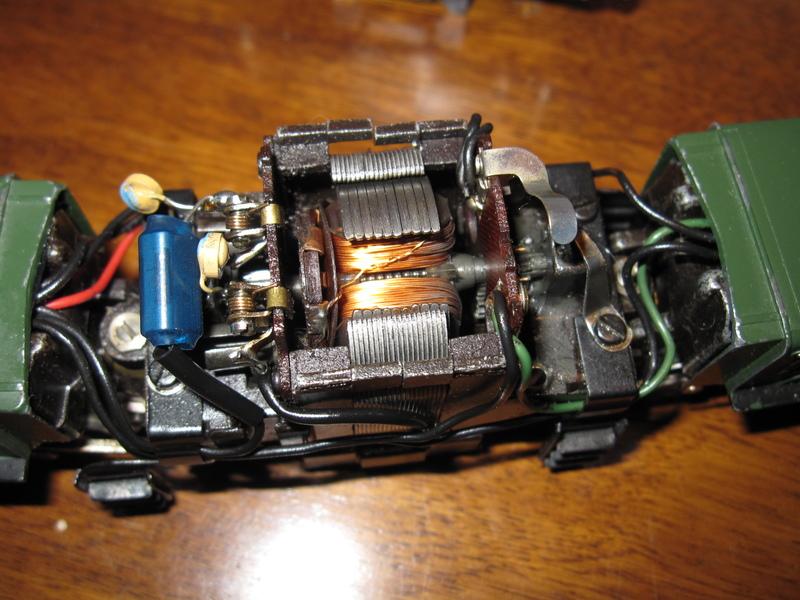 Récapitulatif sur les différents moteurs et leur digitalisation en 3 rails Img02010