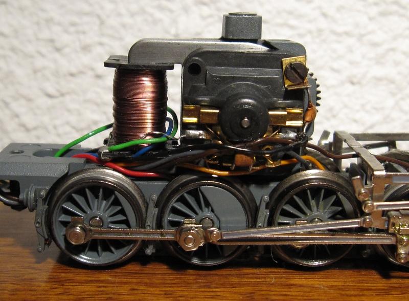 Récapitulatif sur les différents moteurs et leur digitalisation en 3 rails Img02012