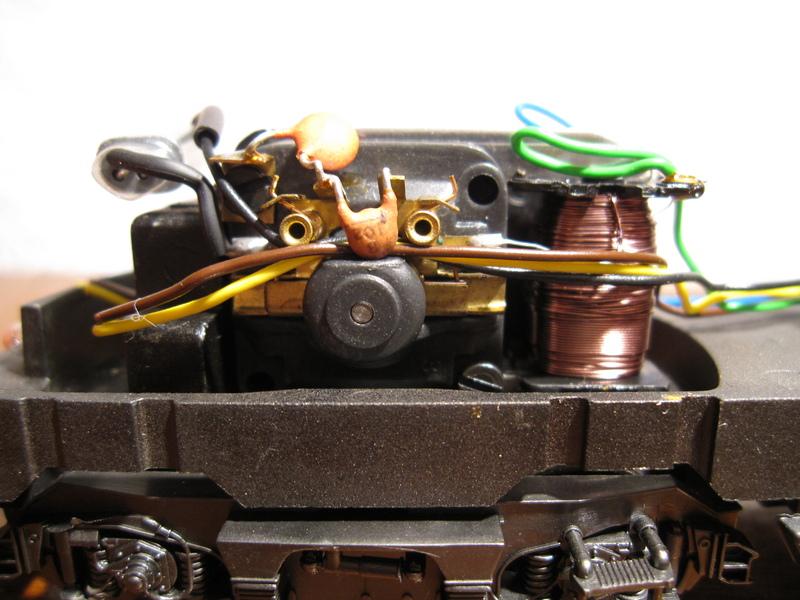 Récapitulatif sur les différents moteurs et leur digitalisation en 3 rails Img02110